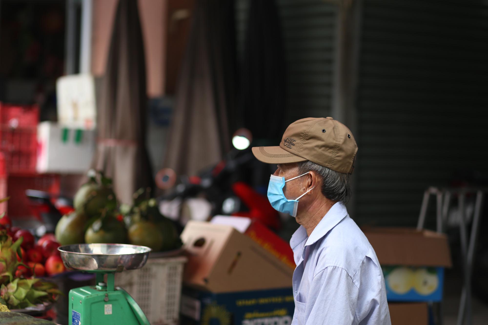 TP.HCM: Chợ truyền thống ế ẩm sau dịch - Ảnh 7.