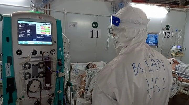 Sáng 14/10: Chỉ còn gần 700 ca COVID-19 phải thở máy và ECMO; 18 tỉnh đã 2 tuần chưa có F0 trong cộng đồng, lây nhiễm thứ phát - Ảnh 1.