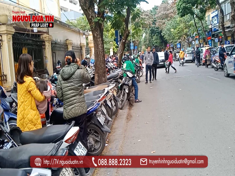 'Bát nháo' hoạt động trông giữ xe ở Hoàn Kiếm, Hà Nội: Cần chấn chỉnh hoạt động của Tùng Linh - Ảnh 2.