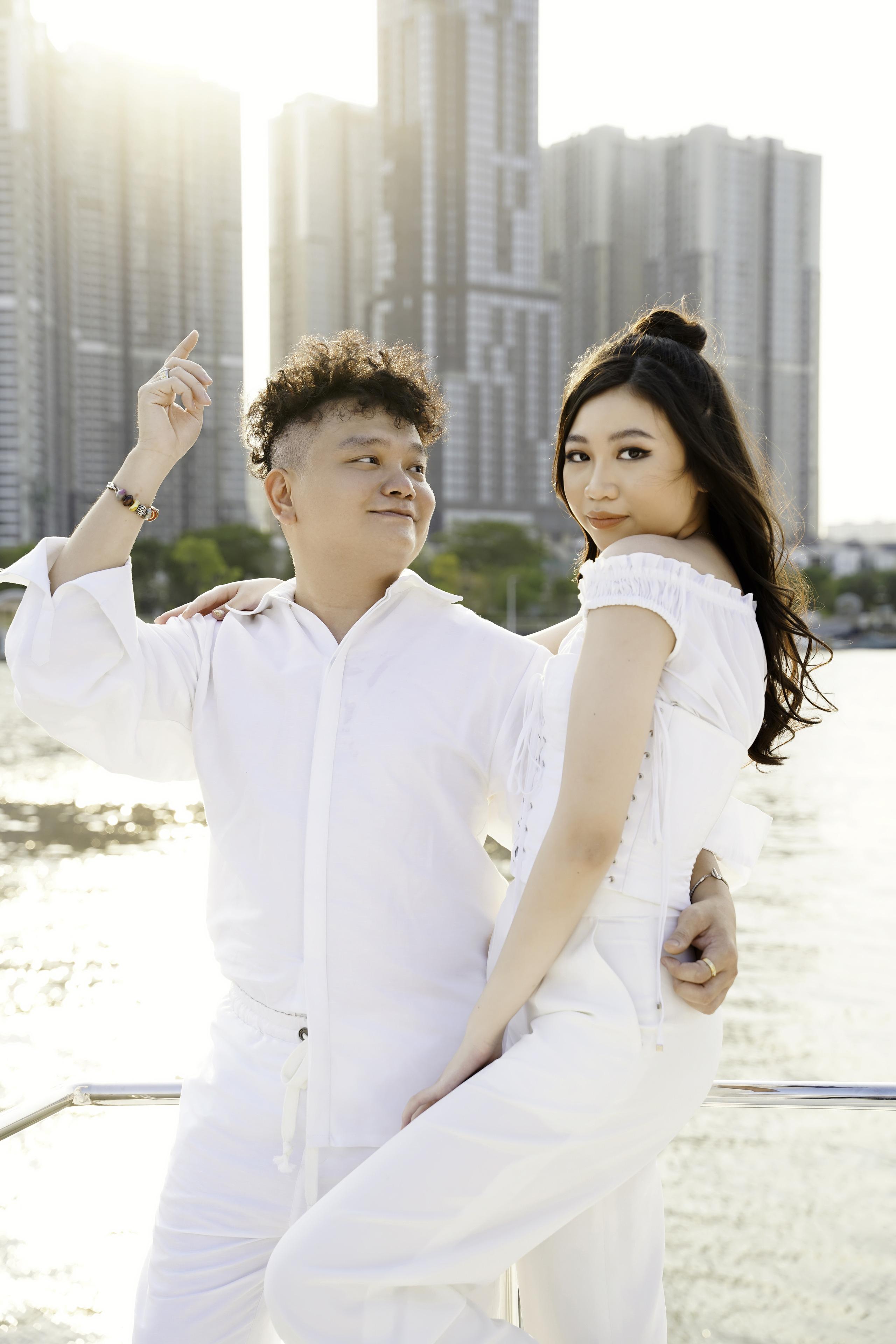 Yến Trang thân thiết bên Trịnh Tú Trung, Hoa hậu nhí cao 1m74 Ngọc Lan Vy chiếm spotlight vì quá xinh đẹp - Ảnh 4.