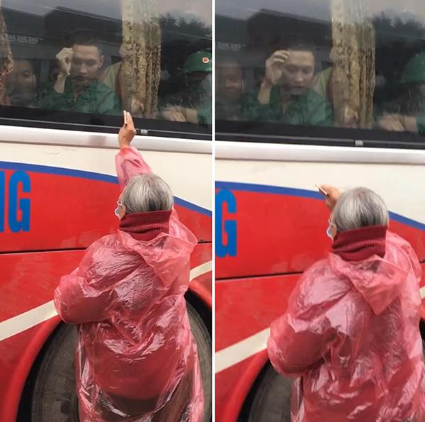 Xúc động clip người bà tóc bạc trắng mặc áo mưa, cố với theo ô tô để đưa chút tiền cho cháu trong ngày nhập ngũ - Ảnh 1.