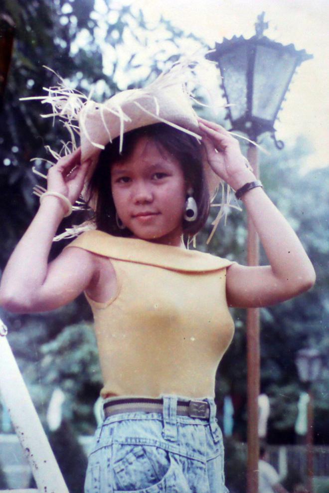 Điều ít biết về cuộc đời, gia thế của danh hài Việt Hương - Ảnh 3.