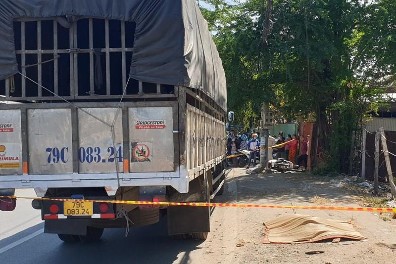 Xe container lùa nhiều xe máy, lao vào nhà dân khiến 1 tử vong  - Ảnh 3.