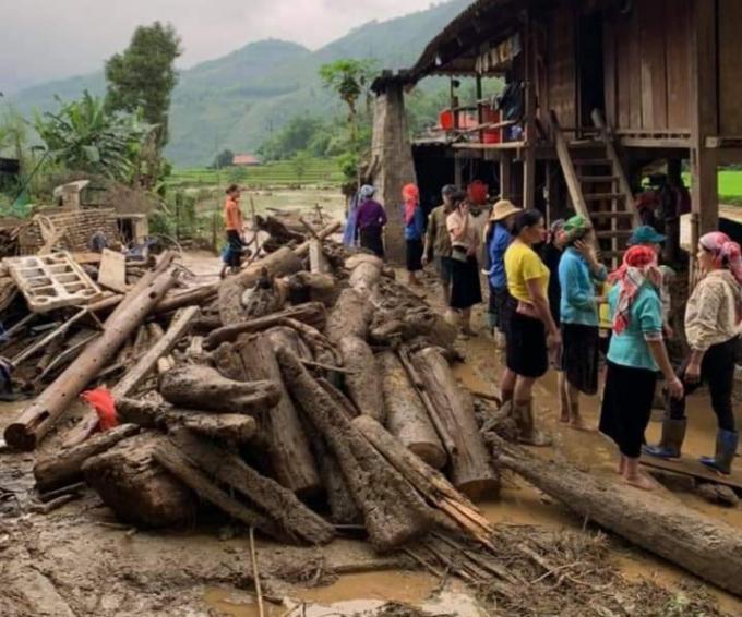 Nguyên nhân xảy ra lũ ống trong đêm khiến 3 người chết ở Lào Cai - Ảnh 5.