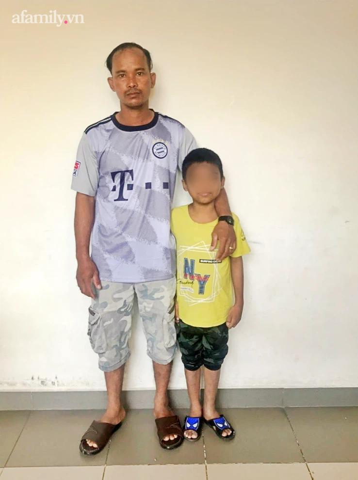 Người cha nghèo Bình Thuận hiến thận cứu con trai 9 tuổi nguy kịch, chi phí ghép được hỗ trợ toàn bộ - Ảnh 1.