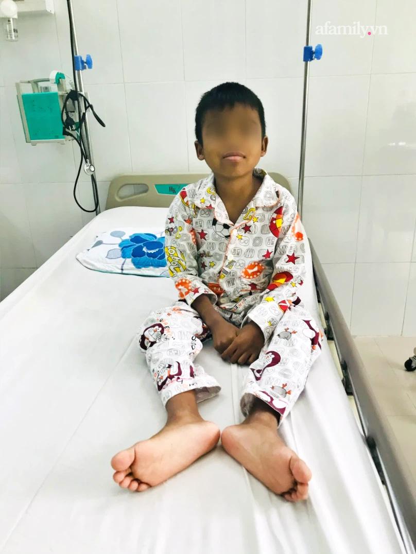 Người cha nghèo Bình Thuận hiến thận cứu con trai 9 tuổi nguy kịch, chi phí ghép được hỗ trợ toàn bộ - Ảnh 7.
