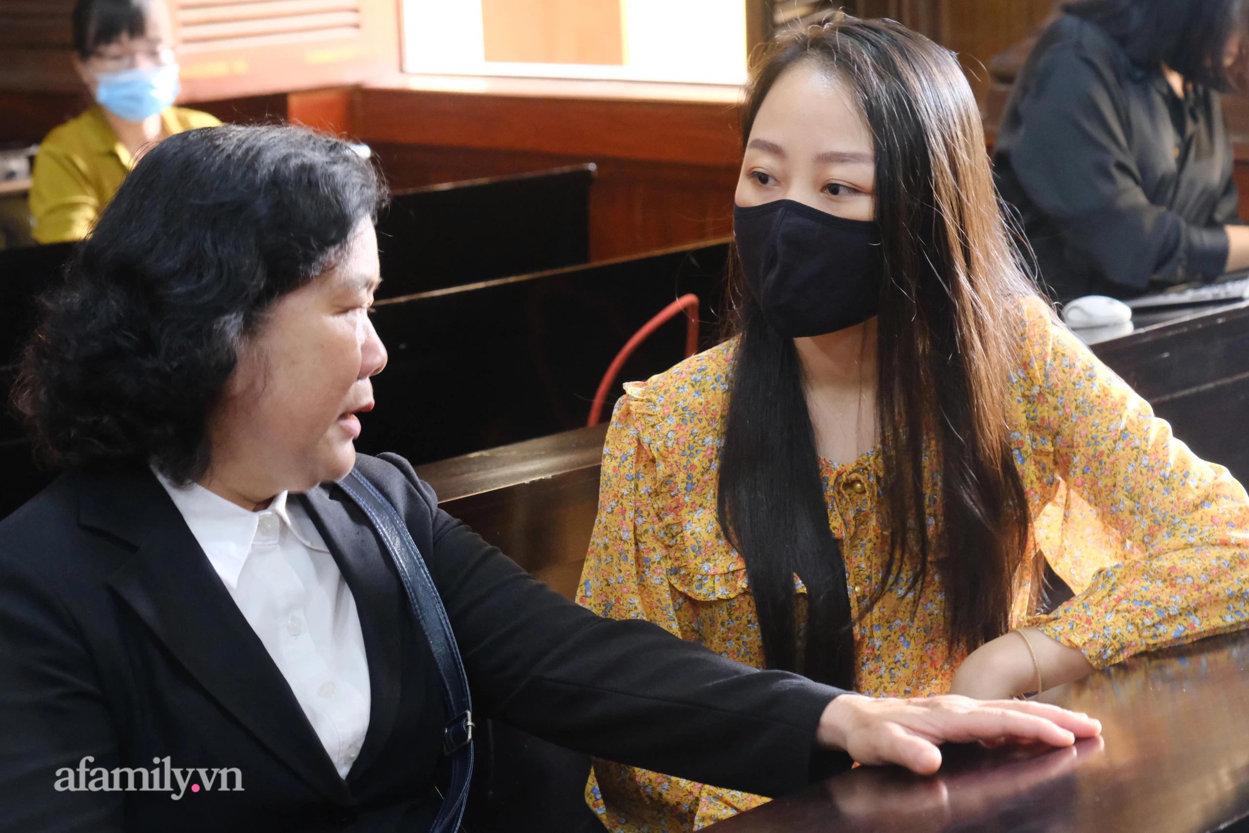 Nữ tiếp viên hàng không bị tông thương tật 79% khập khiễng đến tòa, cay đắng kể về cuộc sống hiện tại - Ảnh 3.