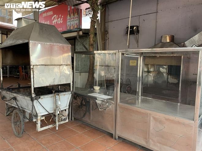 Cận cảnh loạt quán bia lớn ở Hà Nội 'vườn không nhà trống' giữa mùa hốt bạc - Ảnh 7.