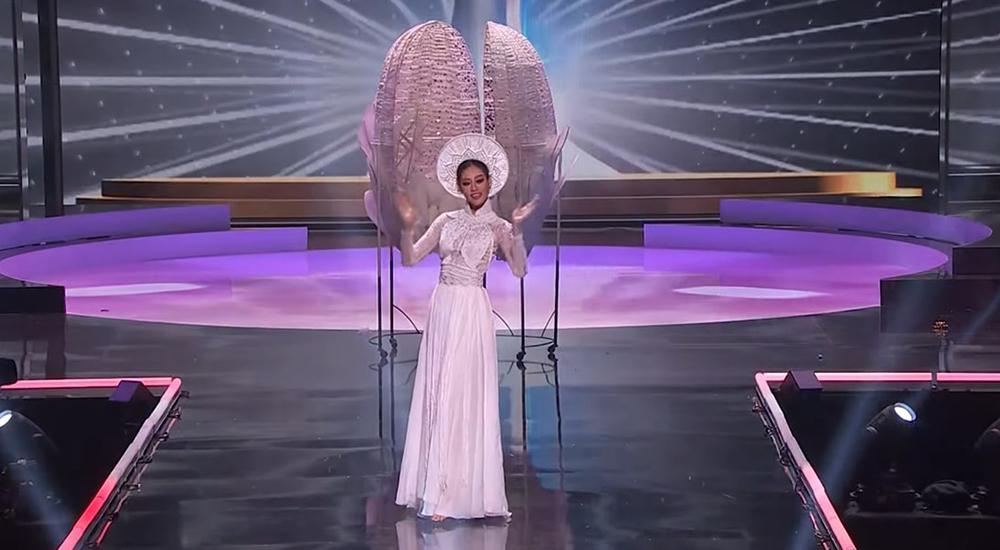 Khánh Vân xuất hiện theo cách chưa từng có tại Hoa hậu Hoàn vũ Thế giới khiến khán giả trầm trồ  - Ảnh 7.
