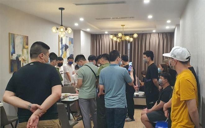 Công an điều tra 50 người Trung Quốc nhập cảnh trái phép, thuê chung cư ở Hà Nội - Ảnh 1.