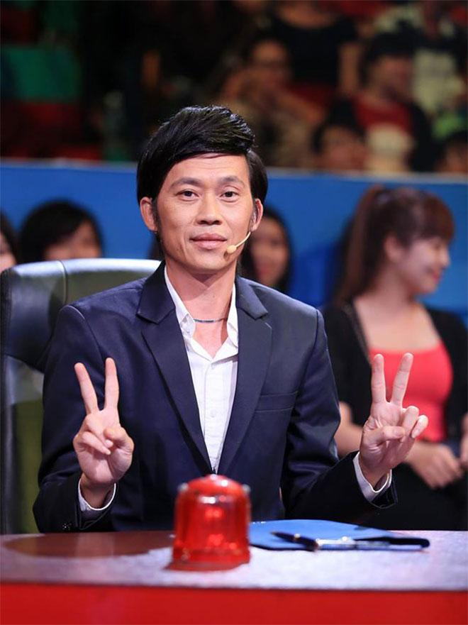 Hoài Linh chính thức trở lại ghế nóng, cùng Minh Nhí làm giám khảo Thách Thức Danh Hài - Ảnh 2.