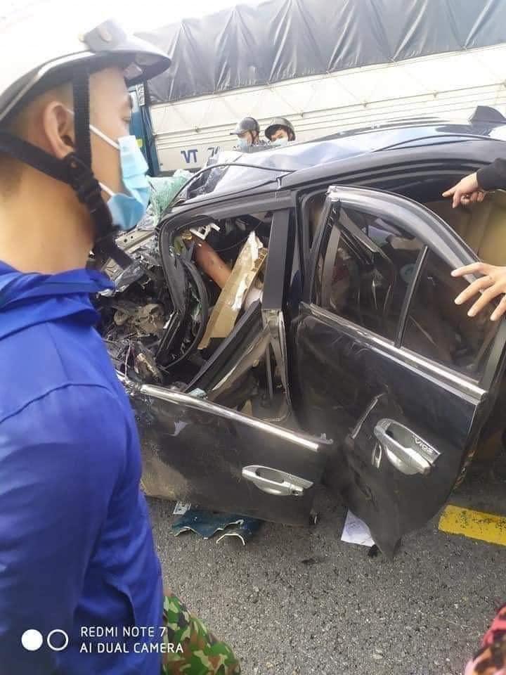 Clip: Khoảnh khắc ô tô chạy tốc độ cao, đâm trực diện xe tải khiến 3 người tử vong tại chỗ  - Ảnh 3.
