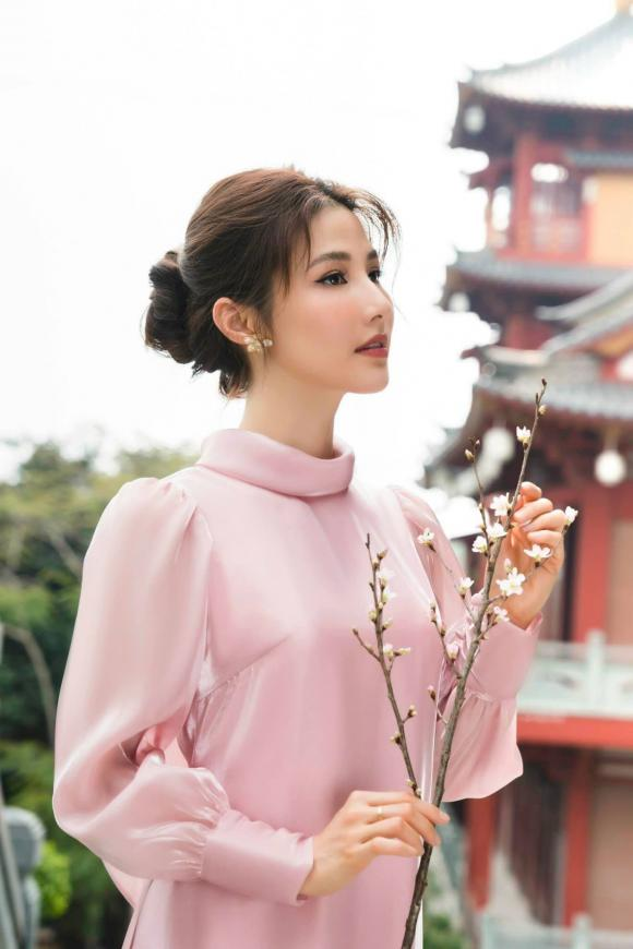 Phương Khánh đẹp tựa nữ thần, Trần Bảo Sơn lần đầu khoe ảnh hai con gái - Ảnh 3.