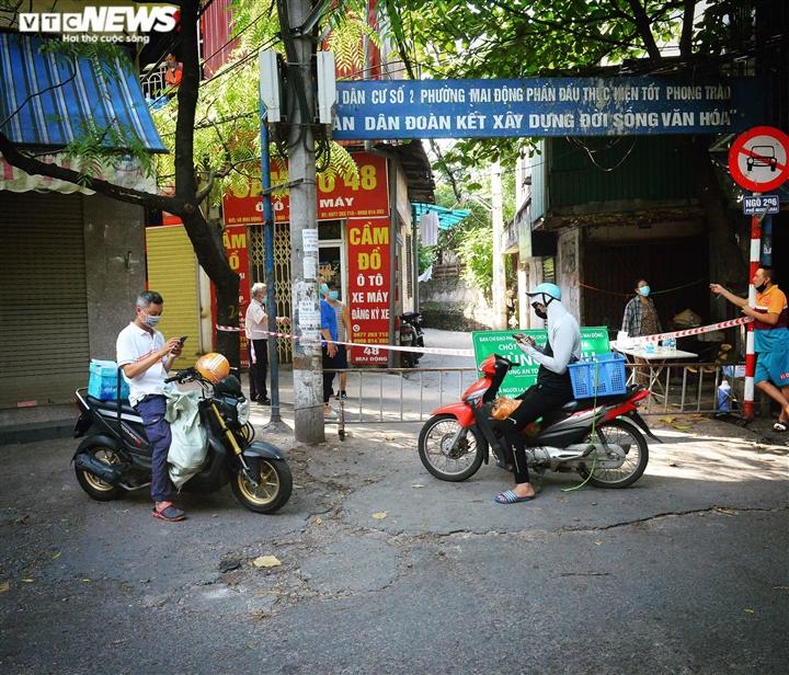 Ảnh: 50 chốt 'vùng xanh' phòng chống COVID-19 đầu tiên tại Hà Nội - Ảnh 12.