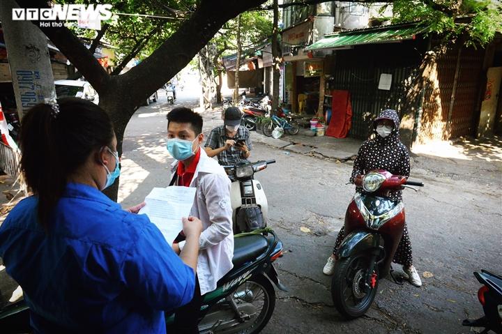 Ảnh: 50 chốt 'vùng xanh' phòng chống COVID-19 đầu tiên tại Hà Nội - Ảnh 4.