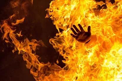 Điều tra vụ hỏa hoạn kinh hoàng trong đêm khiến bố cùng 2 con nhỏ tử vong thương tâm - Ảnh 1.