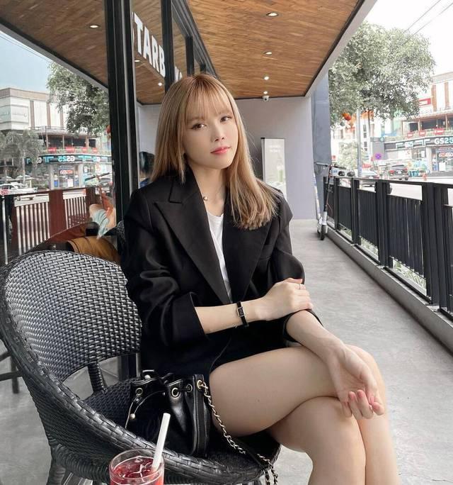 Minh Hằng gây sốt với diện mạo mới, Đỗ Thị Hà khoe nhan sắc ngày càng thăng hạng  - Ảnh 4.