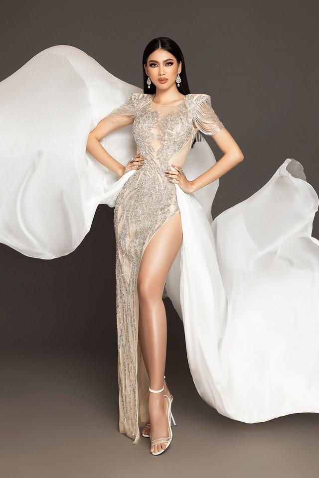 Nam Thư khoe nhan sắc đẹp xuất thần, Ninh Dương Lan Ngọc gây sốt khi diện váy cưới  - Ảnh 4.
