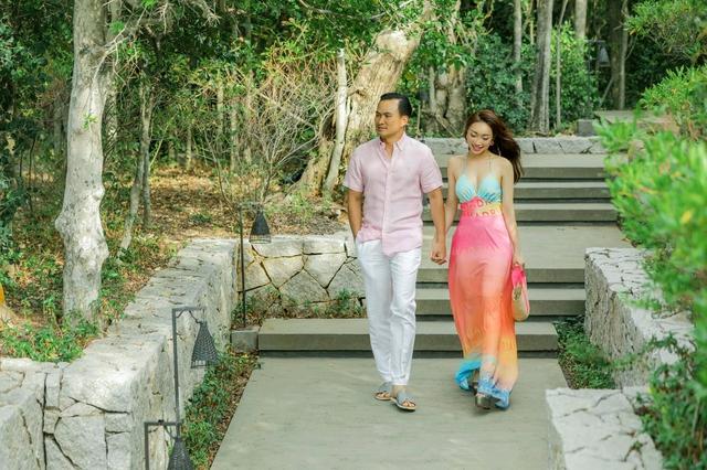 Jang Mi khoe nhan sắc tươi trẻ, Chi Bảo tình tứ bên vợ doanh nhân  - Ảnh 2.