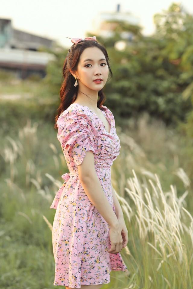 Jang Mi khoe nhan sắc tươi trẻ, Chi Bảo tình tứ bên vợ doanh nhân  - Ảnh 1.