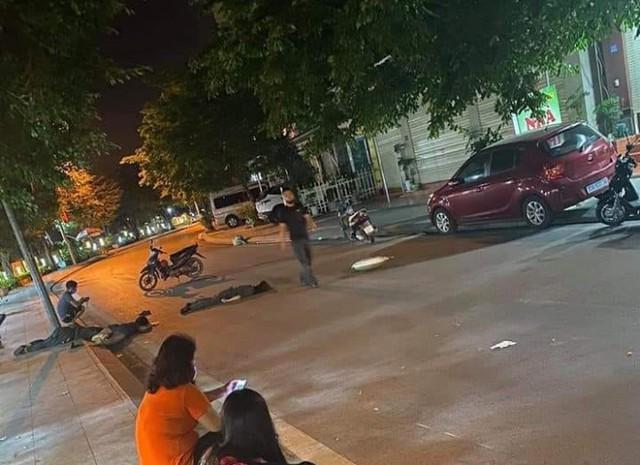 Xe máy chở 3 cô gái tự gây tai nạn, 2 người chết tại chỗ, 1 người nguy kịch - Ảnh 1.
