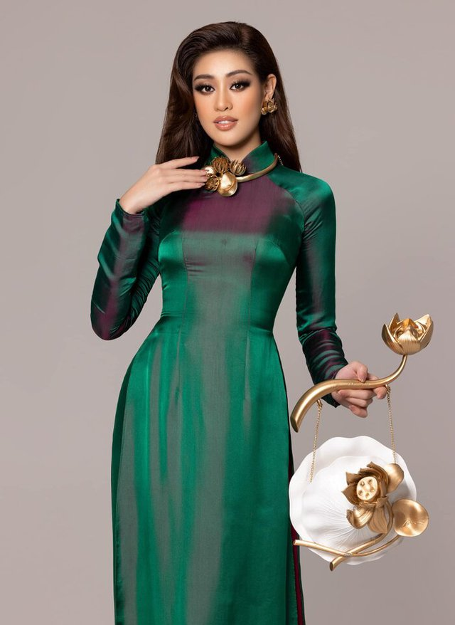 Diễm My tung bộ ảnh cực hút mắt, Khánh Vân đẹp dịu dàng khi diện áo dài - Ảnh 2.