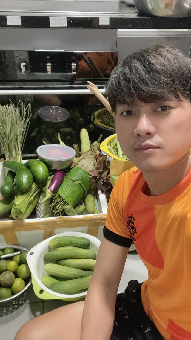 Đỗ Thị Hà đón tuổi 20, Tú Anh kỷ niệm 3 năm ngày cưới chồng thiếu gia - Ảnh 5.