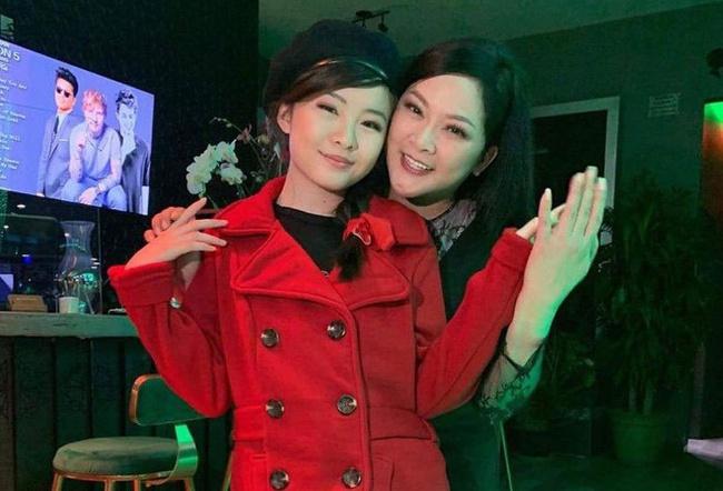 Phạm Hương khoe thân hình đầy đặn, Như Quỳnh 'gây sốt' khi đăng ảnh bên con gái - Ảnh 2.