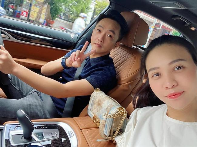 Phạm Hương khoe thân hình đầy đặn, Như Quỳnh 'gây sốt' khi đăng ảnh bên con gái - Ảnh 3.
