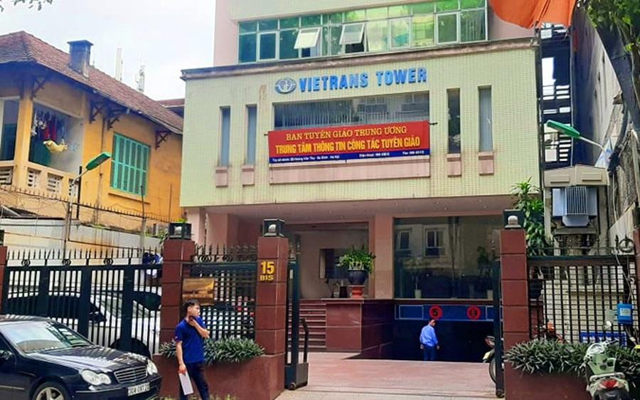 Liệu có việc ký khống các hợp đồng dịch vụ để tham ô tiền Nhà nước tại VIETRANS?
