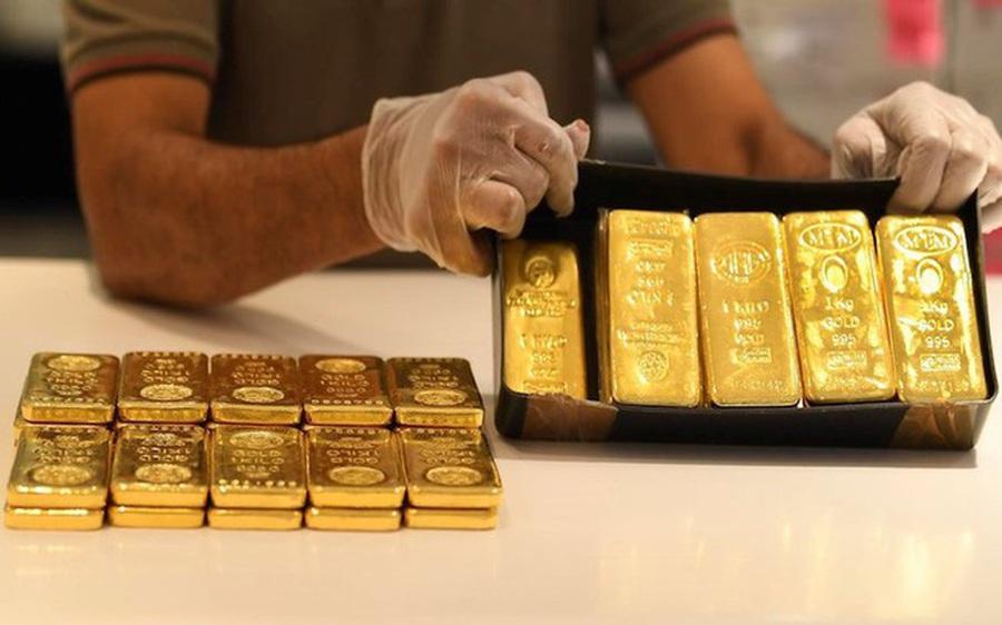 Giá vàng cắm đầu lao dốc sau ngày vía Thần Tài