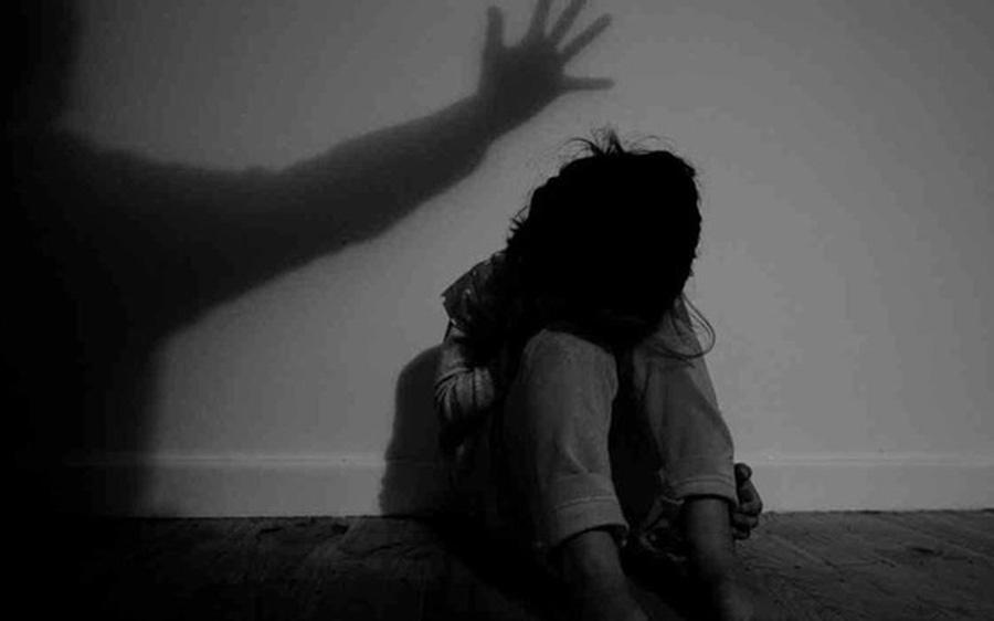 """Hà Tĩnh: Bắt giữ giám đốc doanh nghiệp """"khủng"""" để điều tra hành vi dâm ô trẻ em"""