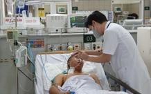 Trung tâm chống độc BV Bạch Mai: Ngộ độc rượu nghiêm trọng sau ăn giỗ, 3 bệnh nhân liên tiếp nhập viện