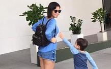 Con trai Thu Minh giành làm việc này với mẹ khi đi du lịch, nhưng cái kết khiến ai nấy phì cười