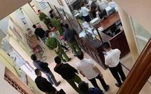 Hòa Bình: Tên cướp táo tợn cầm vật nghi giống súng xông vào ngân hàng cướp hơn 200 triệu đồng