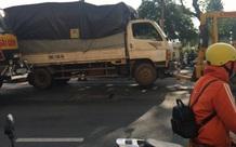 Tài xế tử vong khi đang nằm dưới gầm xe tải sửa chữa ở trung tâm Sài Gòn