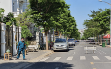 TP.HCM: Phong tỏa khu dân cư có nữ tiếp viên hàng không nghi nhiễm COVID-19