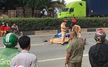 Va chạm với xe container, 2 thanh niên đi xe máy tử vong thương tâm