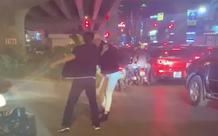 Khởi tố tài xế dừng xe gây tắc đường, đánh gãy răng nam thanh niên nhắc nhở