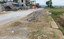 Mỹ Đức – Hà Nội: Dự án đường ngang đê Đáy chậm tiến độ, chưa bàn giao đã xuống cấp