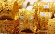 Giá vàng hôm nay 27/2: Bị bán tháo, vàng tiếp tục giảm mạnh