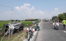 Tin TNGT ngày 27/2: Xe tải tông đuôi ô tô 16 chỗ, 8 người thương vong