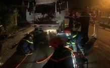 Hai xe tải va chạm mạnh, 3 người thương vong