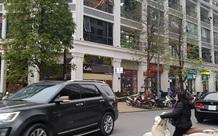 Hà Nội: Người đàn ông uống cà phê xong lên tầng 5 rơi xuống đất nguy kịch