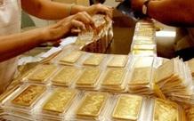 Giá vàng hôm nay 12/4: Vàng trong nước đồng loạt giảm giá