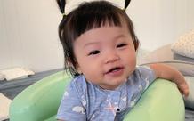 """Bà xã Cường Đô La ngỡ ngàng vì con gái 8 tháng tuổi biết nói từ đầu tiên nhưng không chịu gọi """"ba - mẹ"""", lại còn kiên quyết làm điều này"""