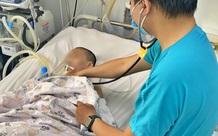 Bé gái ngộ độc nặng sau khi ăn bún riêu chay ở Bình Dương vẫn liệt hoàn toàn các cơ dù đã dùng thuốc giải