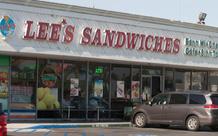 Lee's Sandwiches bị phạt 250.000 USD vì phân phối thực phẩm kém chất lượng
