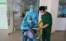 Bệnh nhân Covid-19 nặng được xuất viện sau 6 lần lọc máu tại BV Nhiệt đới TW