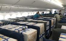"""Gần 100 tấn vải thiều từ tâm dịch Bắc Giang """"ngồi"""" khoang hành khách """"siêu máy bay"""" vào TP.HCM"""